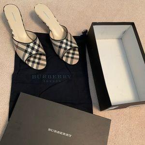 Burberry Slides Sandals Size 39.5